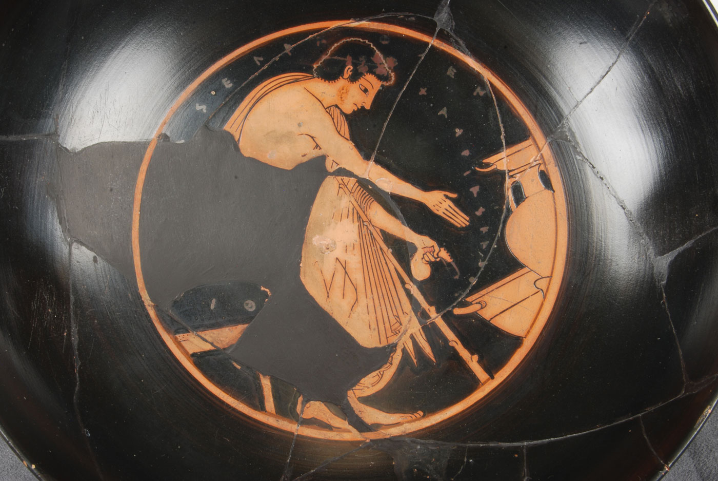 Kylix Signed By Phintias As Painter Johns Hopkins Archaeological Museum